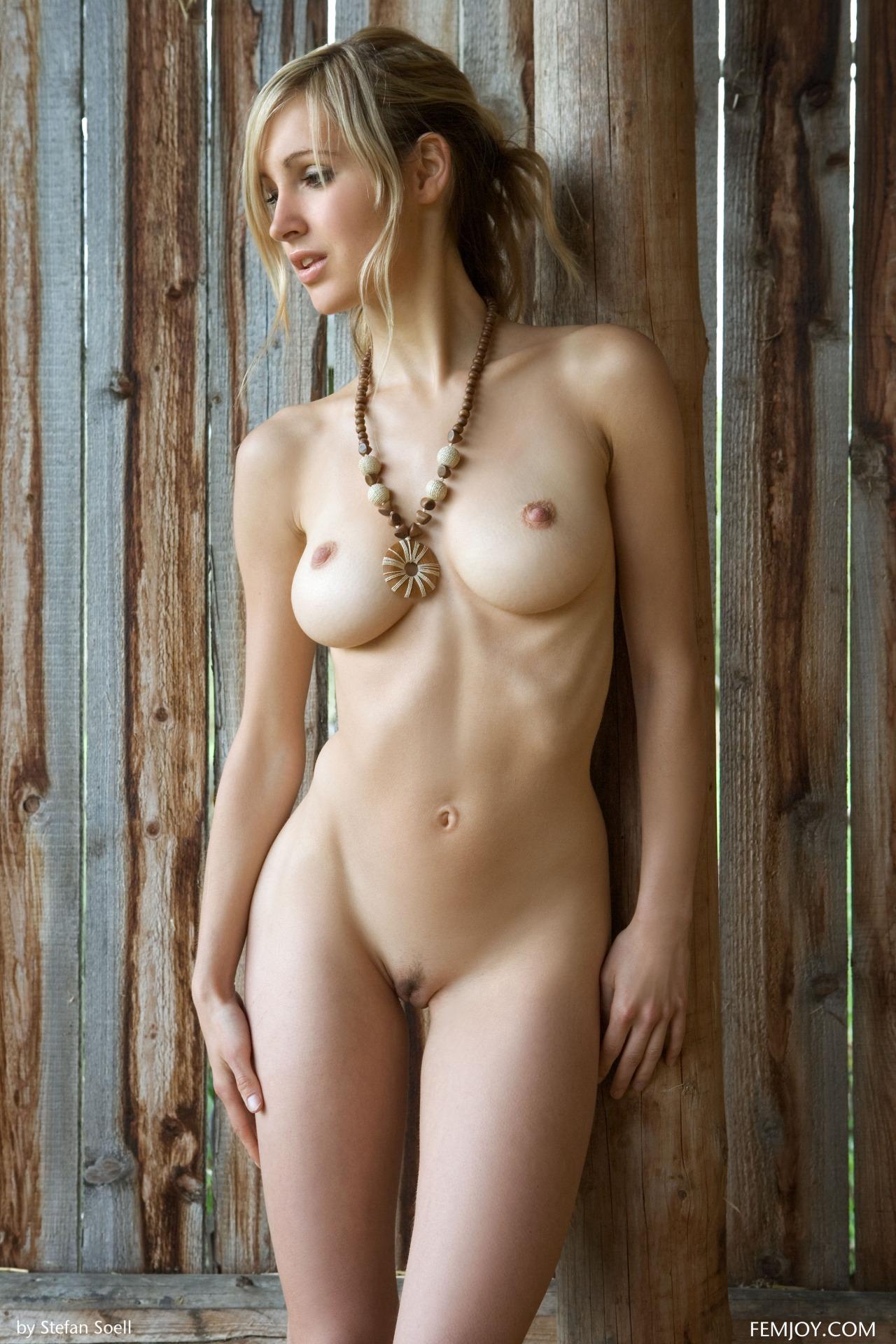 Corinna Femjoy - Vanilla Babes