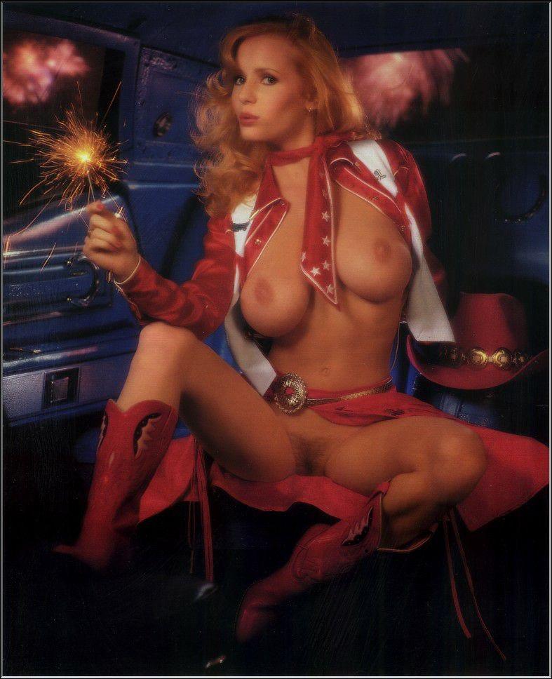 Nude kimberly mcarthur Kimberly McArthur