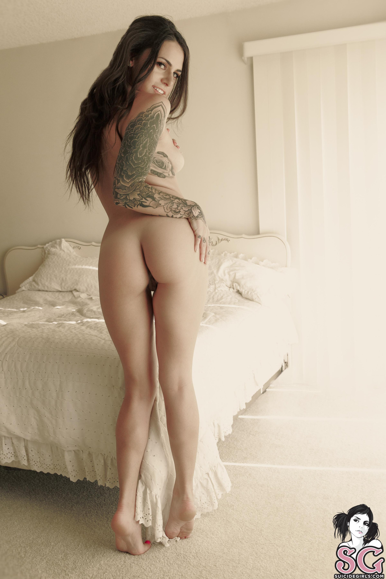 black-porn-suttin-suicide-girls-nude-picture-with