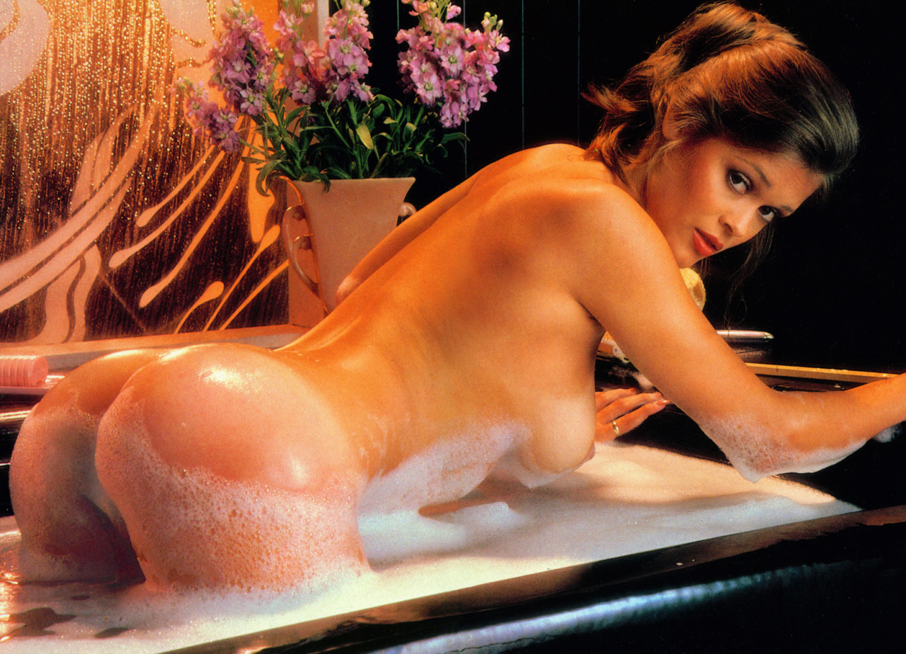 Vicki Lasseter Nude